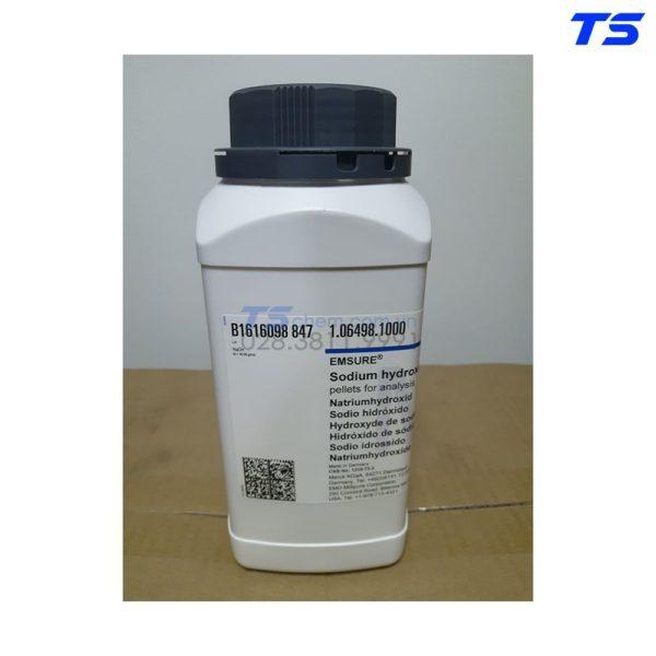 hoa-chat-thi-nghiem-Sodium-Hydroxide-NaOH tai-tphcm